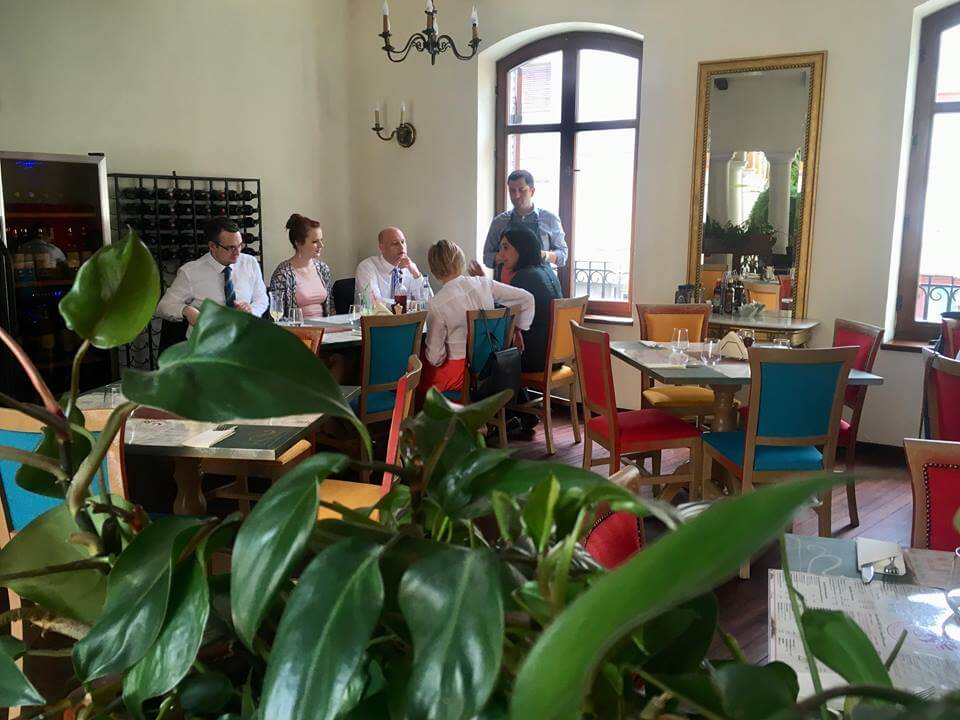 masa de afaceri - restaurant Bucuresti _ business lunch, business dinner, corporate meeting
